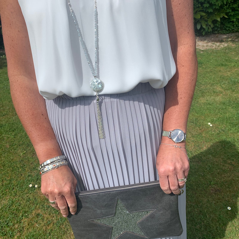 star clutch bag Love The Wendy House Maidenhead